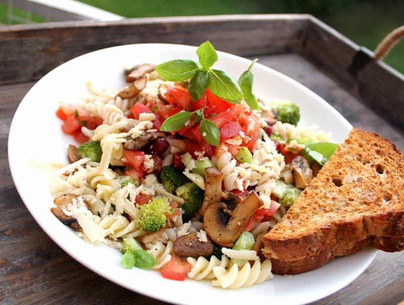 Oppskrift Pasta Alla Vegana Vegetariana Brokkoli Frisk Hjemmelaget Tomatsaus Uten Koking Sopp