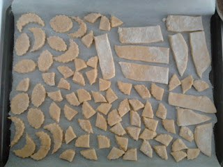 Déposez les friandises sur une plaque à pâtisserie