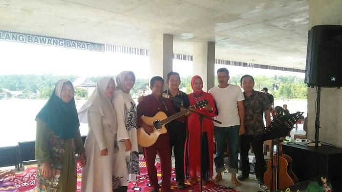Lewat Lagu dan Syair Lampung Tiyuh Pagar Dewa Ikut Lestarikan Adat Lampung
