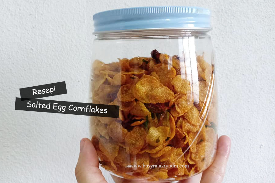 Salted Egg Cornflakes, resepi cornflakes telur masin, cili kering, telur masin, daun kari, cornflakes, serbuk kari,