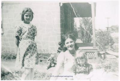 Madeleine and Jacqueline Desgroseilliers