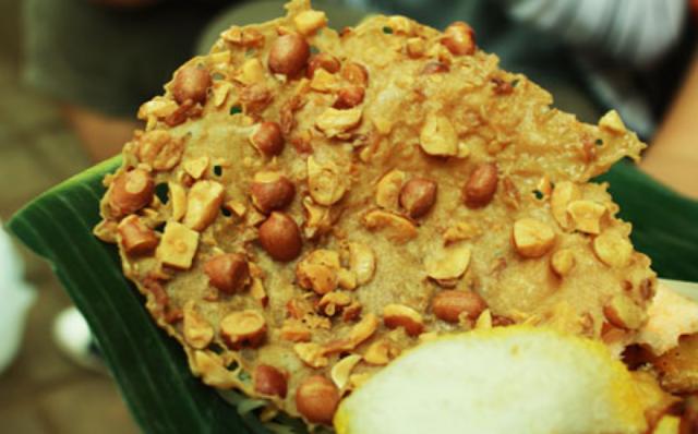 Resep Peyek Kacang Renyah Tahan Lama dan Renyah