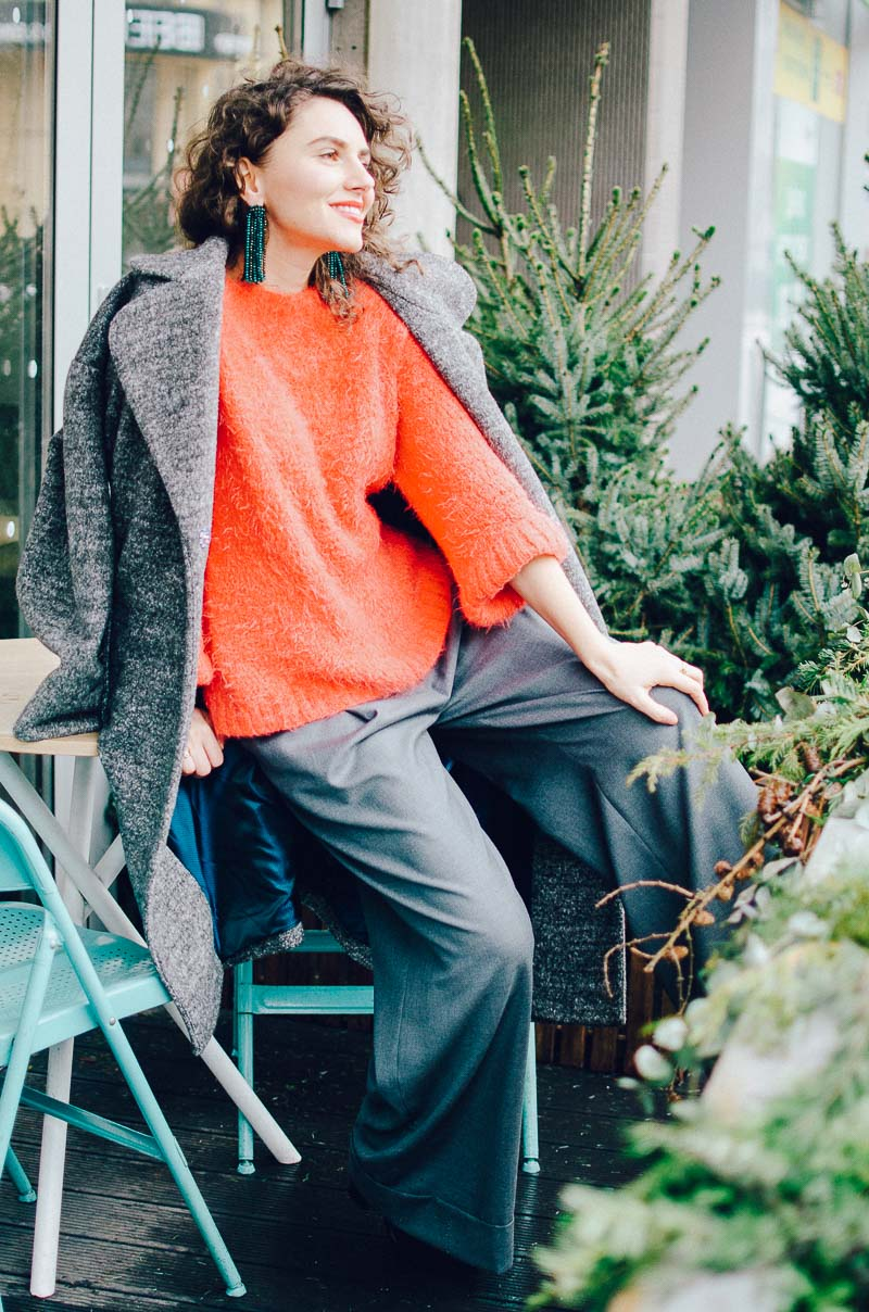 красивый свитер