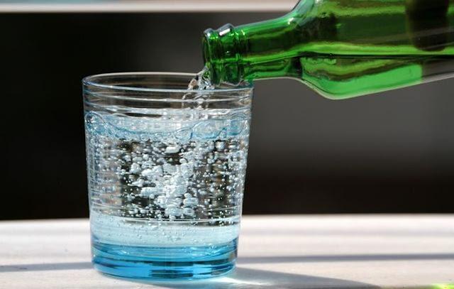 Suka minum bersoda? Benarkah bisa Bikin Gemuk?