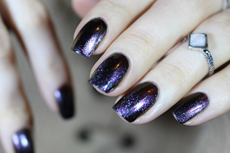 holographic short nail nail manicure dark grunge gothic nail art nails