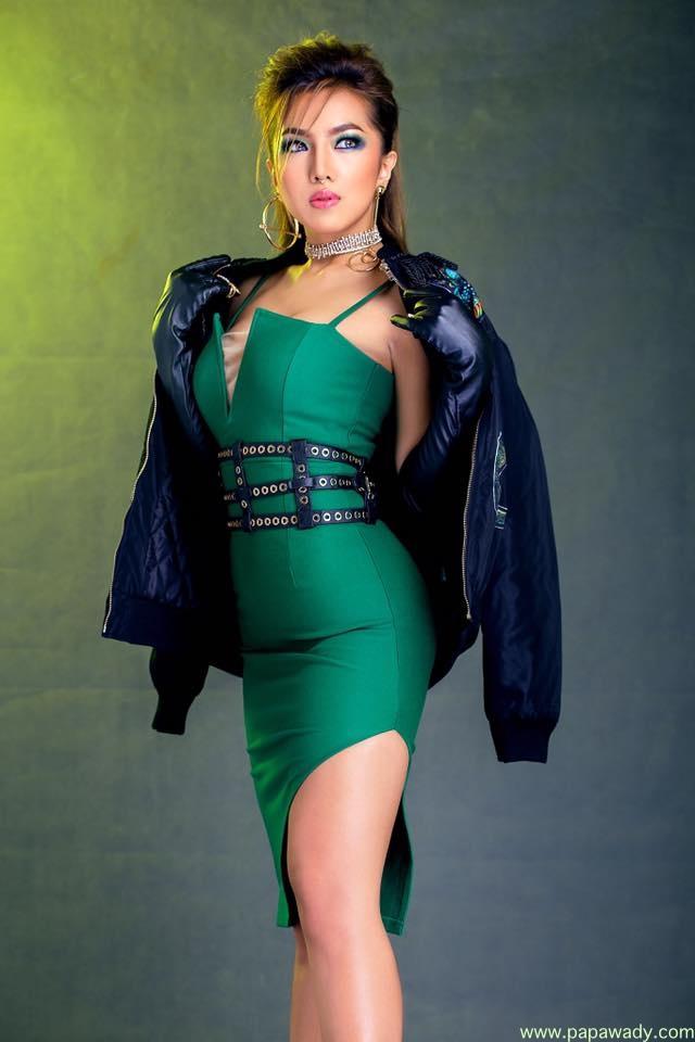 Warso Moe Oo Fashion Photoshoot : Mite Lar Pyaw Kyi