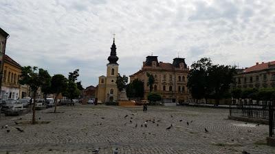 plaza trajano timisoara iglesia serbia rumania