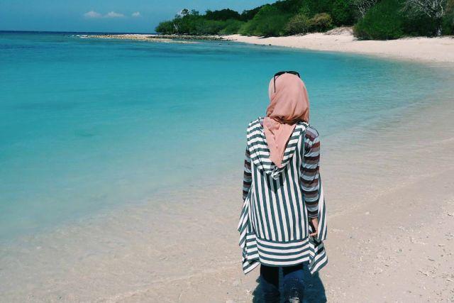 Keindahan Alam dan Pantai Balanan Situbondo