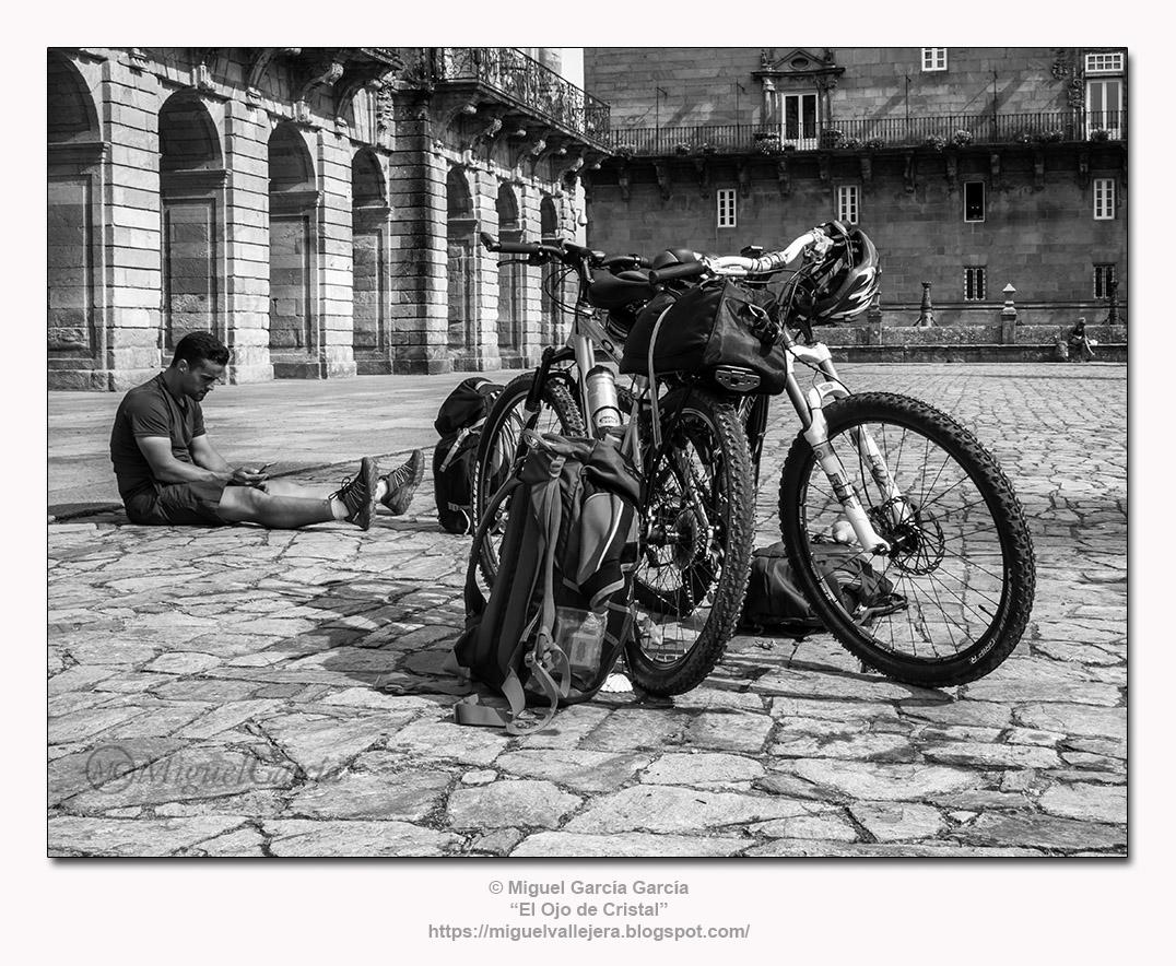 Plaza del Obradoiro.- El final del Camino. (Santiago de Compostela)