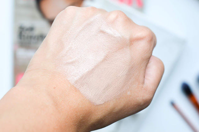 Sans Soucis DD cream light swatch