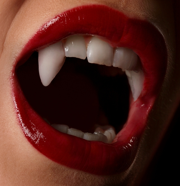 how to put on fangs