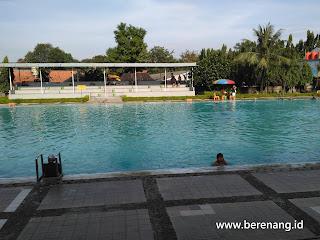 kolam renang marinir cilandak buka jam berapa
