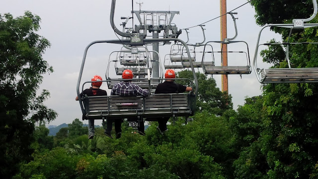 10 Singapore Fun Activities - Skyline Luge Sentosa