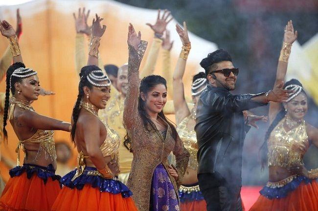 Guru Randhawa With Yami Gautam At Opening Ceremony Of IPL