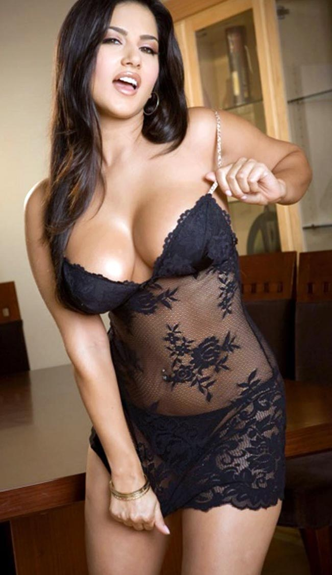 Full black boobs-7182