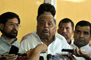 mulayam-fire-on-media-and-people