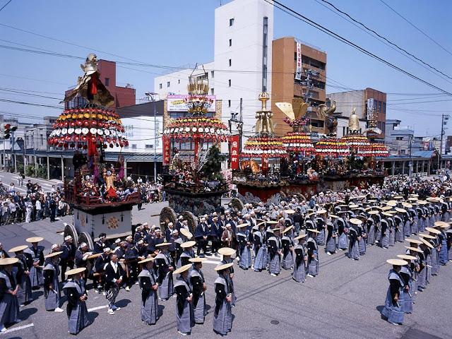 Takaoka Mikuruyama Matsuri (Float Parade), Takaoka City, Toyama Pref.