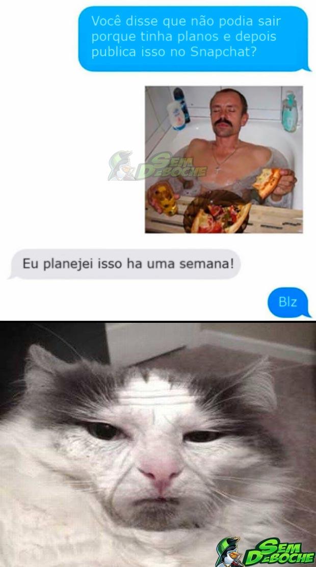 UM BOM MOTIVO PRA FICAR EM CASA
