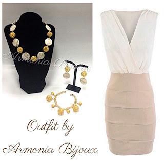 outfit ecrù seta oro bijoux
