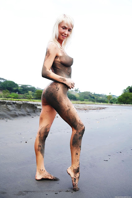natali blond 18+ Грязная голая девушка 12 ххх HD фото