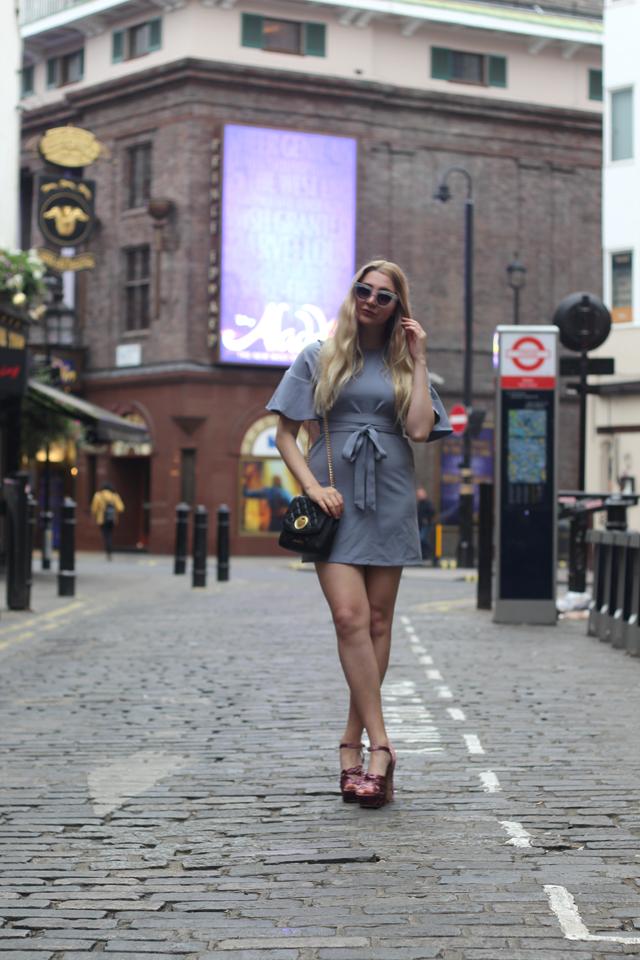 fashion blogger london fashion week ss17