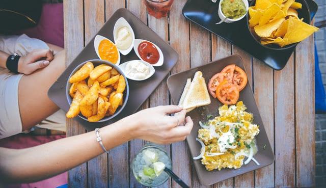 7 Hidangan Yang Perlu Dihindari Saat Buka Puasa Ramadan