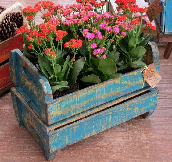 reutilizar caixotes de madeira cachepot
