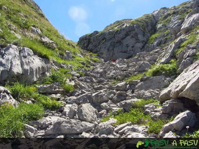 Caliza en la parte alta del valle de Ozania