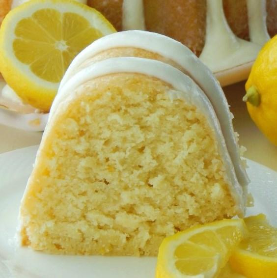 Italian Lemon Pound Cake #Lemon #Dessert