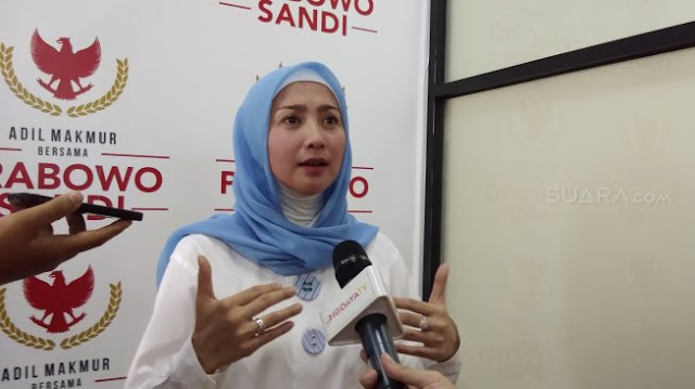 Jokowi Didukung 15.000 Muslimah, Desy Ratnasari: Enggak Usah Khawatir