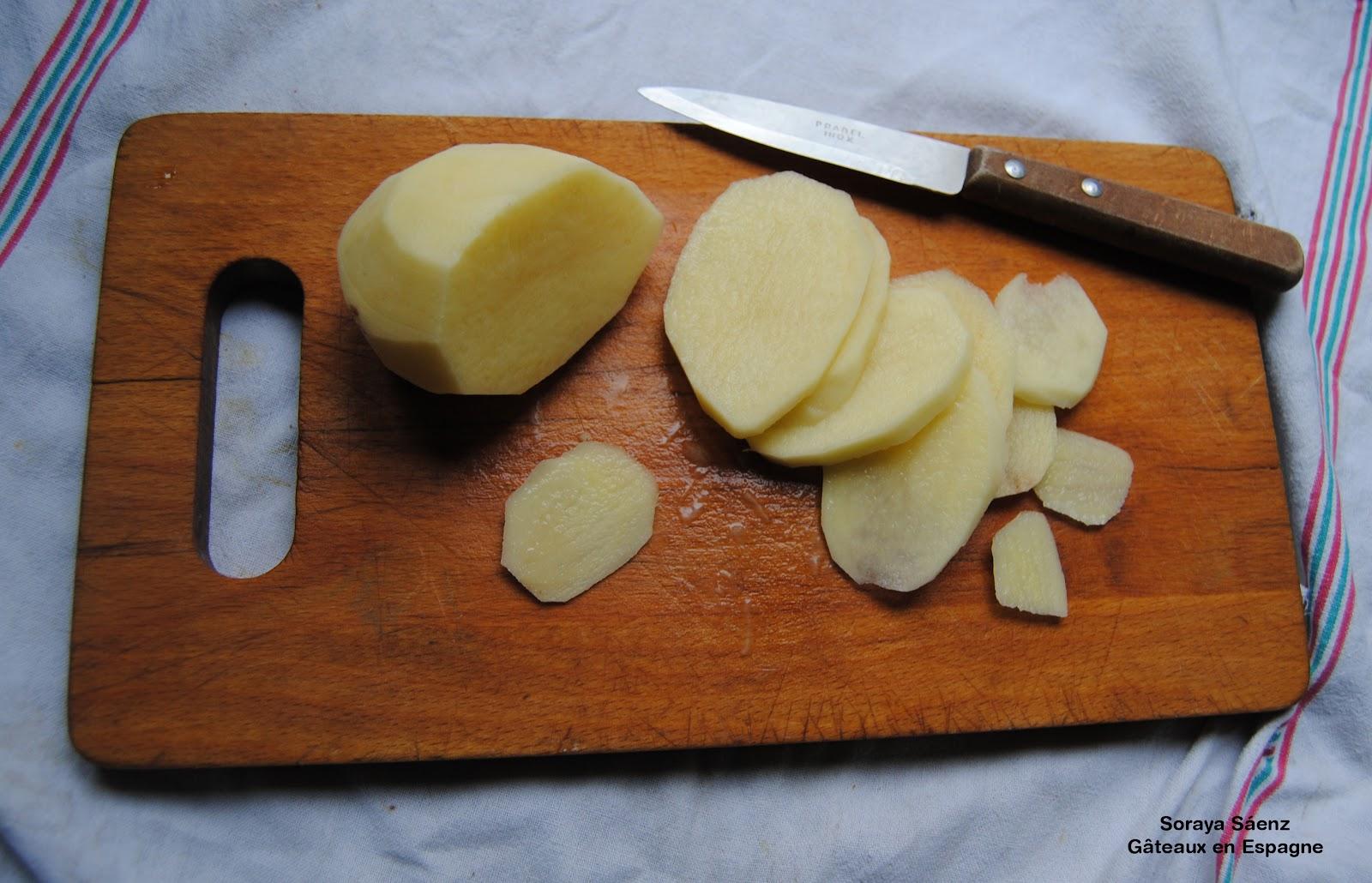 g teaux en espagne recette de 39 tortilla 39 aux pommes de terre la 39 tapa 39 espagnole la plus mang e. Black Bedroom Furniture Sets. Home Design Ideas