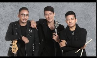 Download Lagu Papinka Seakan Hilang Ingatan Mp3