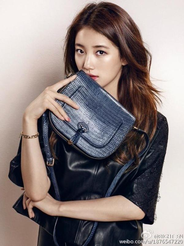 Miss A S Suzy Poses With Her Bonnie Bag Daily K Pop News