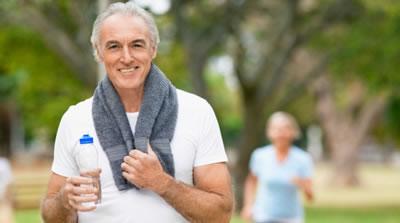 practicar ejercicio regularmente
