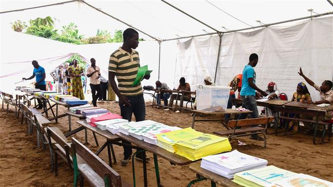 Senegalese voters cast ballots after tense election campaign
