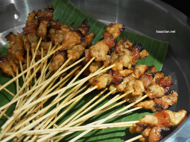 Always nice to start off with Satays, lots of it