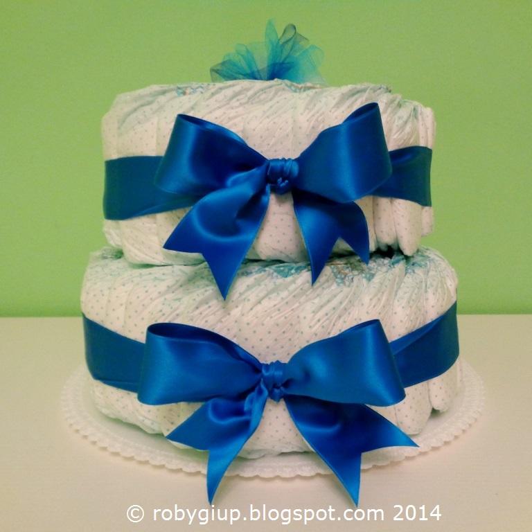 ... una nuova torta di pannolini che mi è stata commissionata come regalo  per la futura mamma! A new baby is coming f523558d4f69