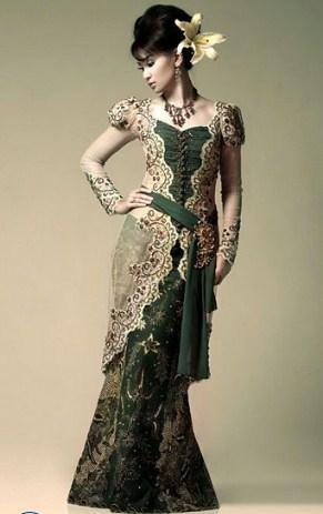 contoh Model Kebaya Batik wanita