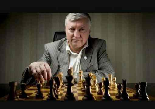 Du 26 mai au 5 juin, Brest accueillera le gratin français des échecs et l'ancien champion du monde de la discipline, le Russe Anatoli Karpov.