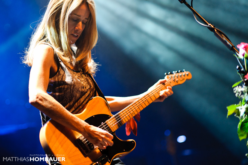 Cheap Tickets Concert >> Heather Nova live at the WUK, Vienna, Austria ~ Concert Photos Magazine - Live Music News ...