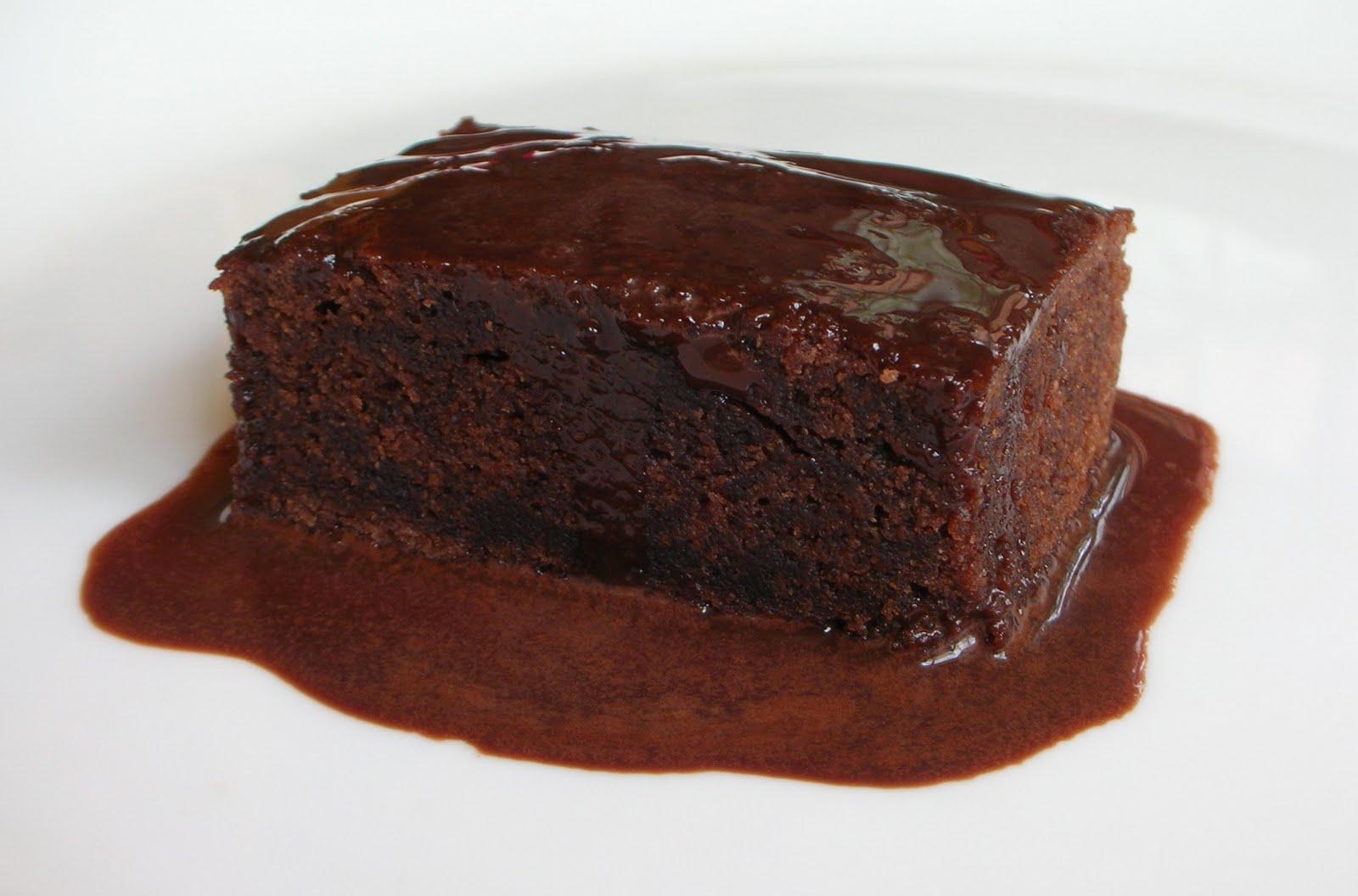 Chocolate Sauce Cake Topping