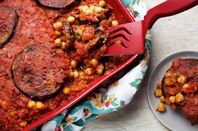 This hearty casserole differs from the Greek version of moussaka in that it is a simple c Lebanese Vegan Moussaka Recipe