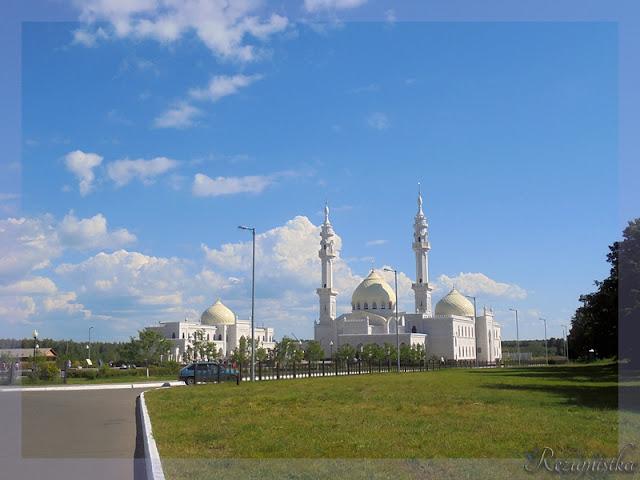 белая мечеть в Булгарах