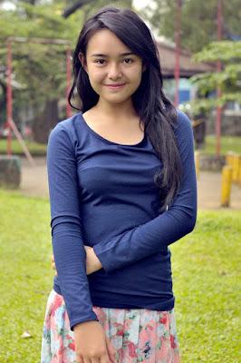 cewek cantik dna manis jadi Gadis desa di film FTV manis