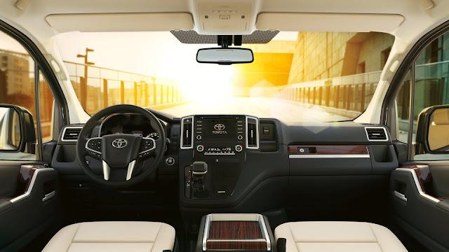 Toyota Granvia 2019