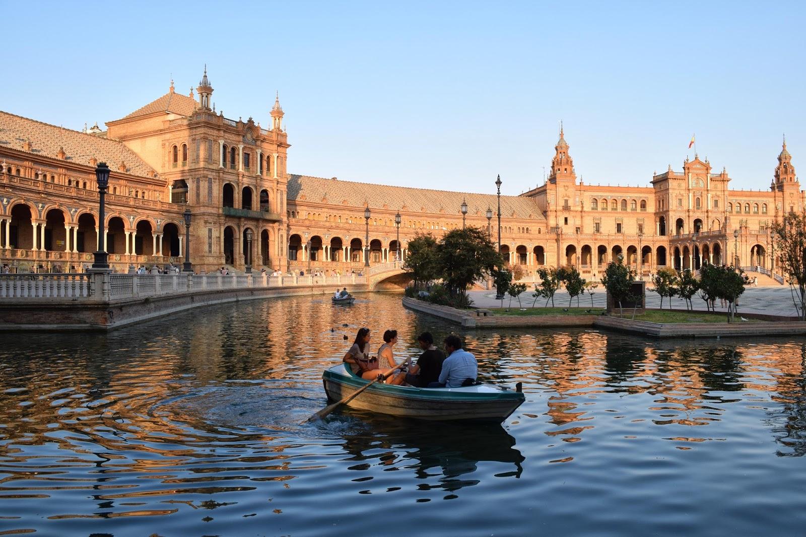 Plaza de España (Sevilla) - Un Destino Entre Mis Manos