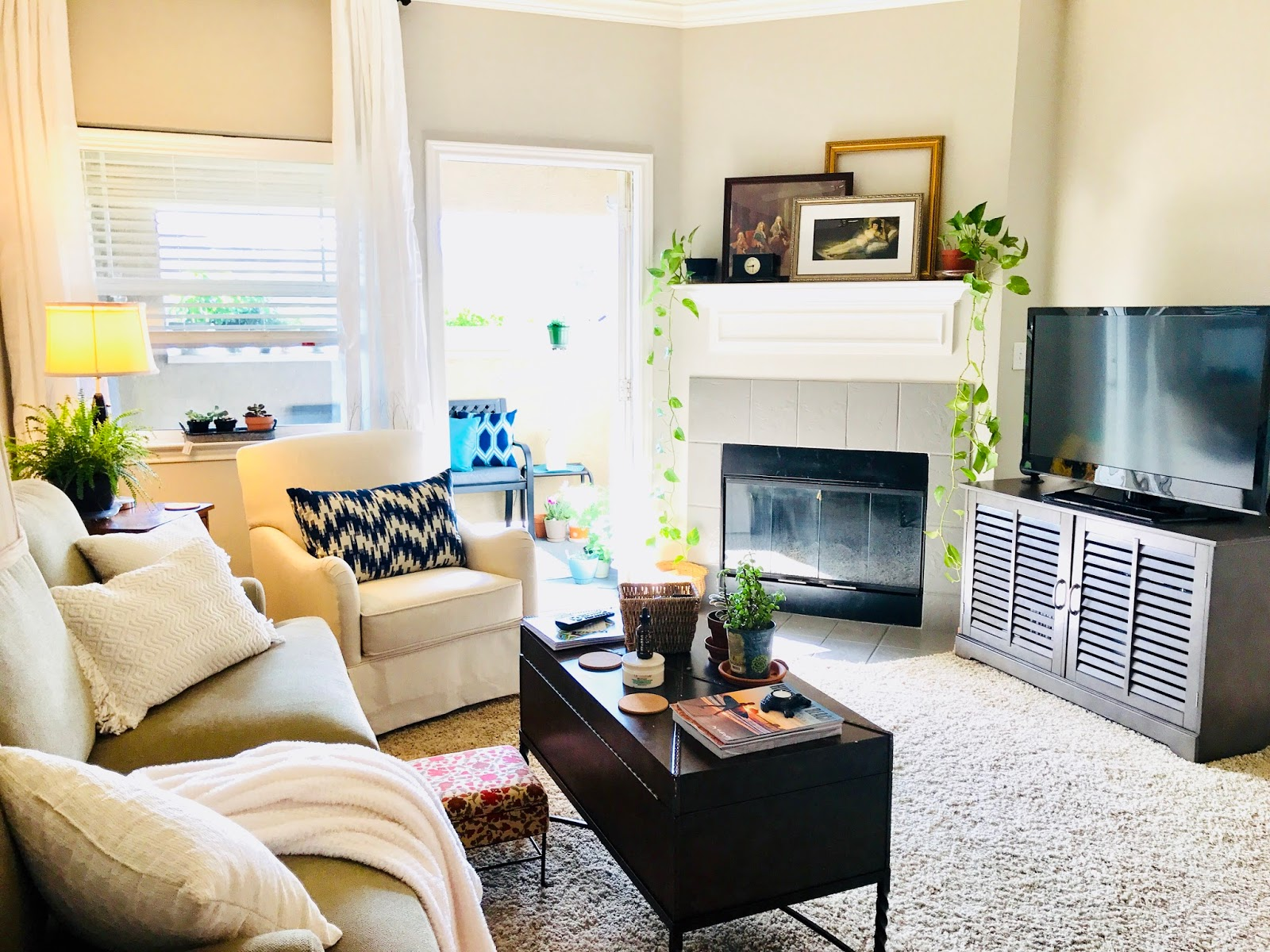 My Farmhouse Inspired Apartment Decor