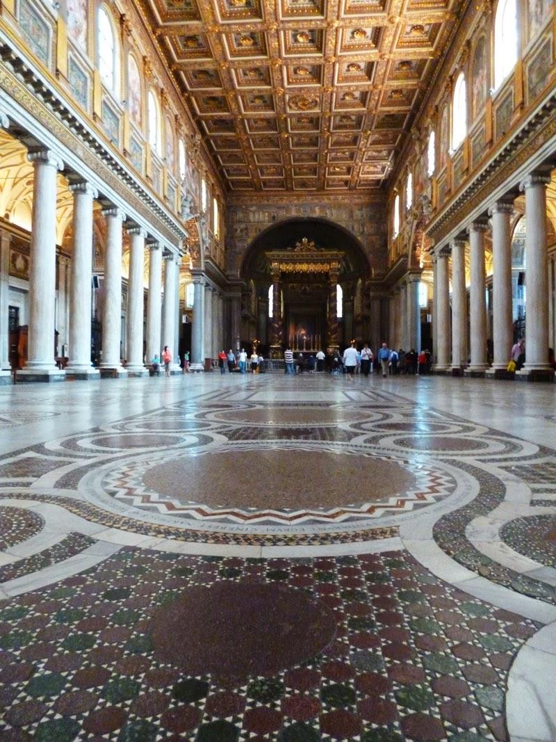 Nave central da Basílica de Santa Maria Maior