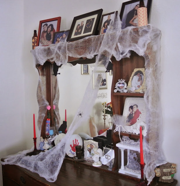 Halloween decorations, cob webs, spider web