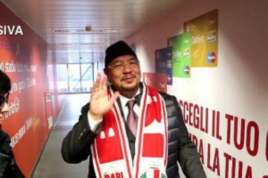 Jutawan Malaysia Dr Bari Pernah Jual Pesawat